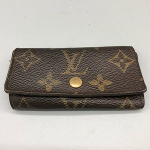 Authentic Louis Vuitton monogram LV 4 key holder